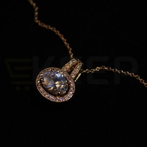 keep-1 Carat Golden single stone pendent